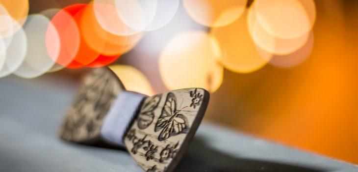 nœud papillon en bois pour mariage